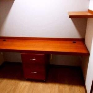 escritorio mueble en madera