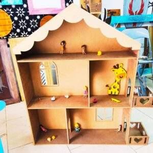 casa para muñecas en madera MDF